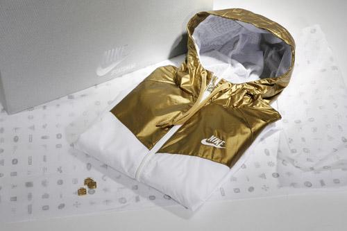 my-nike-windrunner-gold