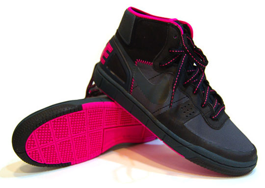 nike-terminator-hybrid-black-pink